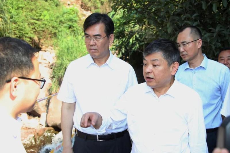 生態環境部部長黃潤秋赴貴州省仁懷市調研赤水河流域生態環境治理工作
