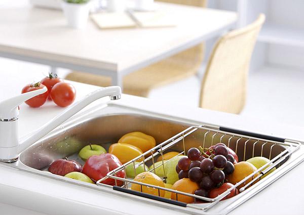 夏天出門野餐食物壞的快?巧用保鮮盒可避免細菌生長哦!