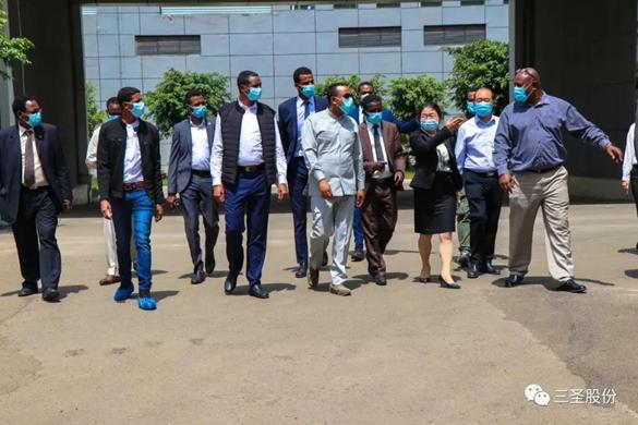 埃塞俄比亚总理阿比携苏丹军事委员会 副主席穆罕默德莅临埃塞三圣药业参观考察