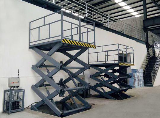 多剪叉式升降货梯